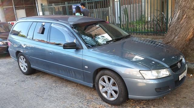 Picture of Rebecca's 2006 Holden Commodore