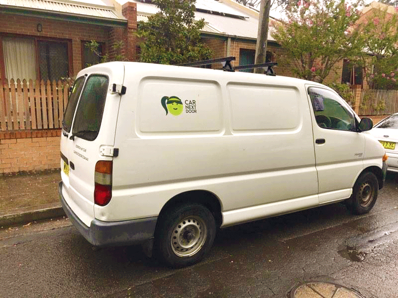 Picture of Justin's 2000 Toyota HIACE 100 series