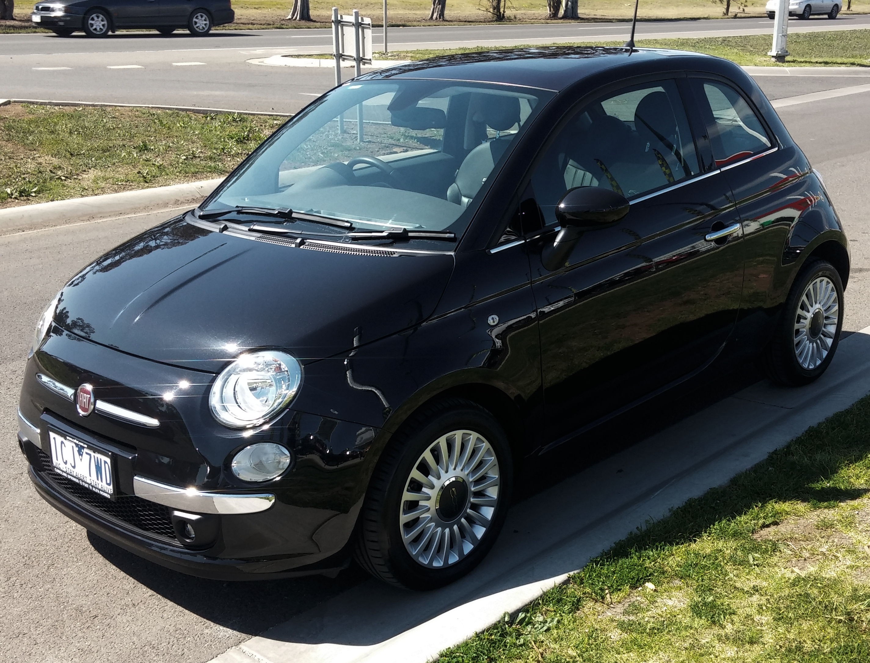 Picture of James' 2014 FIAT Coupe 500L