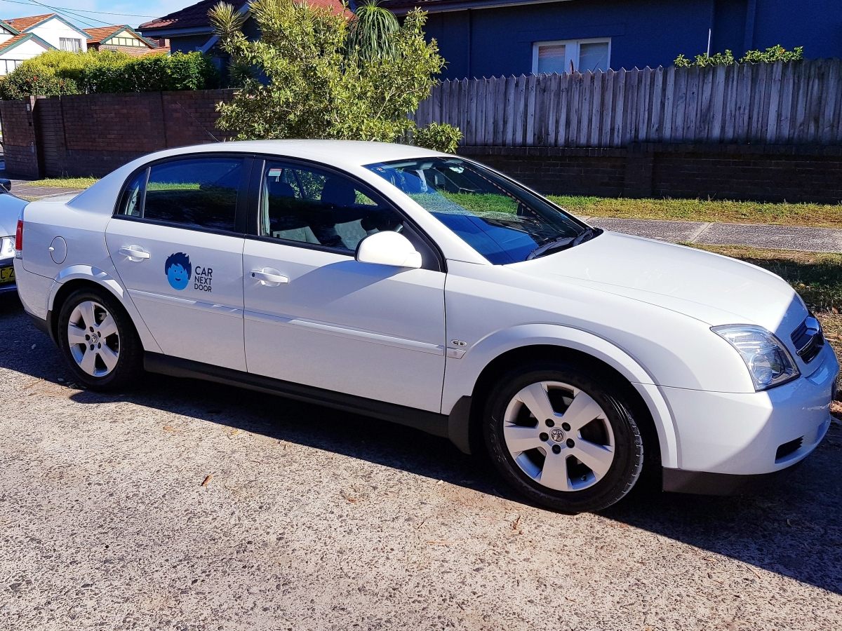 Picture of Owen's 2004 Holden Vectra