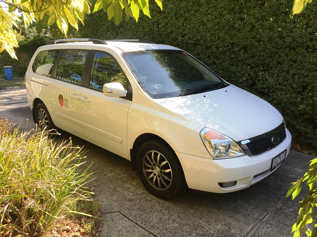 Picture of Matthew's 2012 Kia Grand Carnival