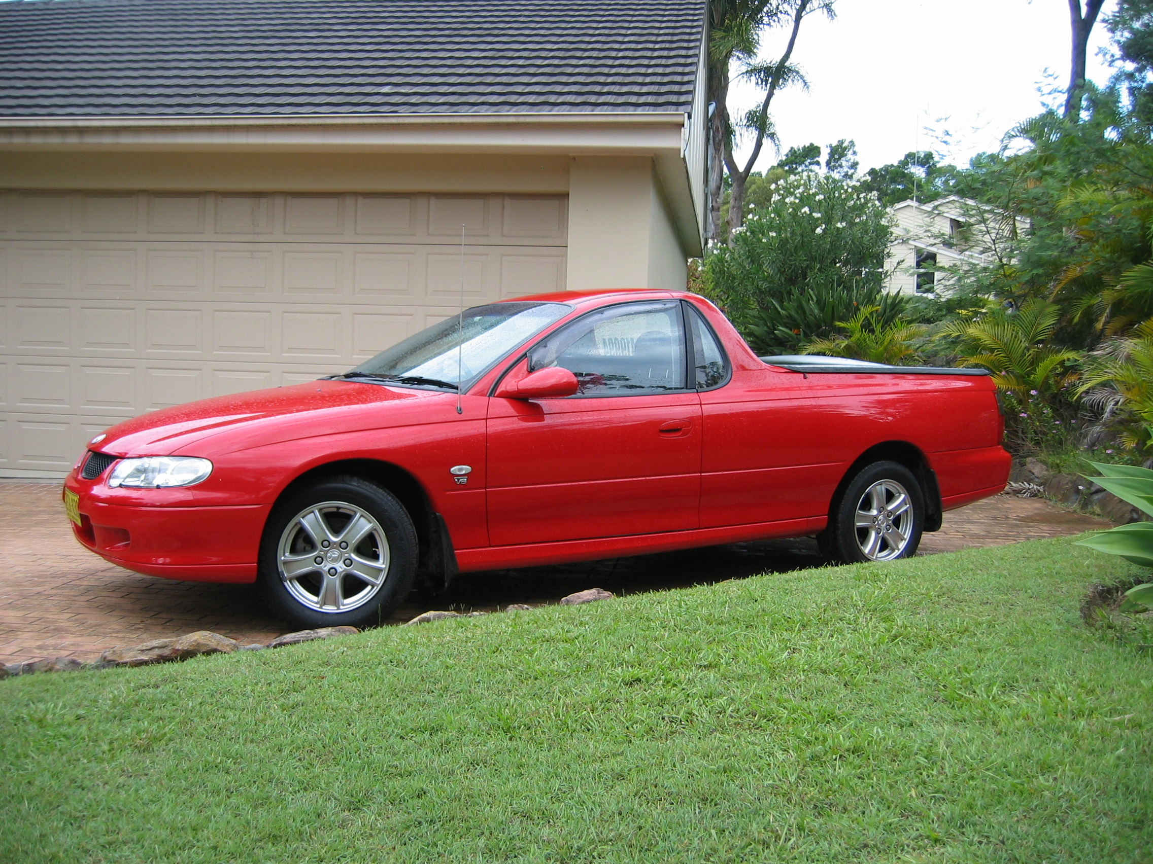 Picture of Simon's 2002 Holden Commodore Ute