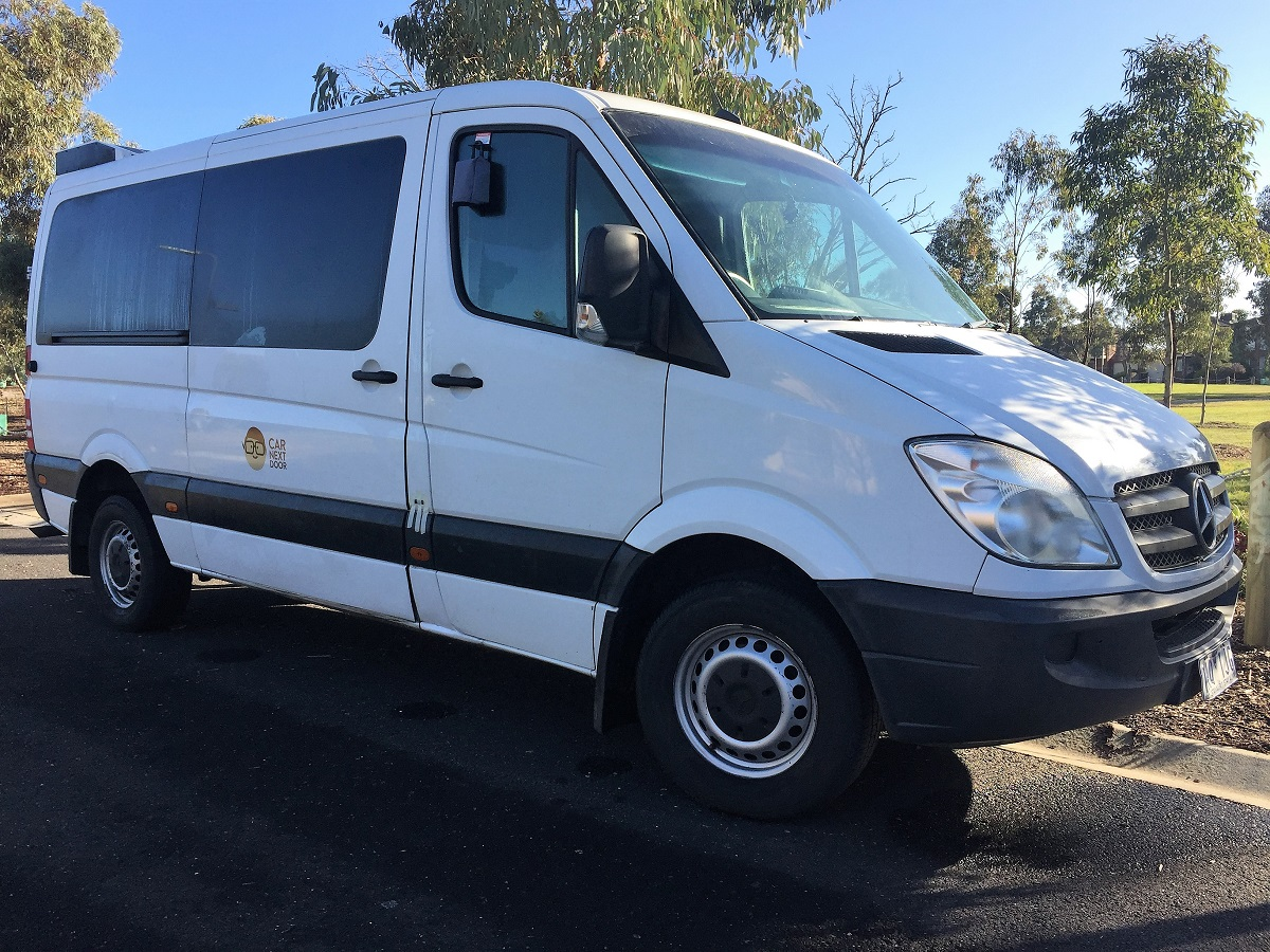 212daf5687 Rent Le s 2007 Mercedes-Benz Sprinter by the hour or day in ...
