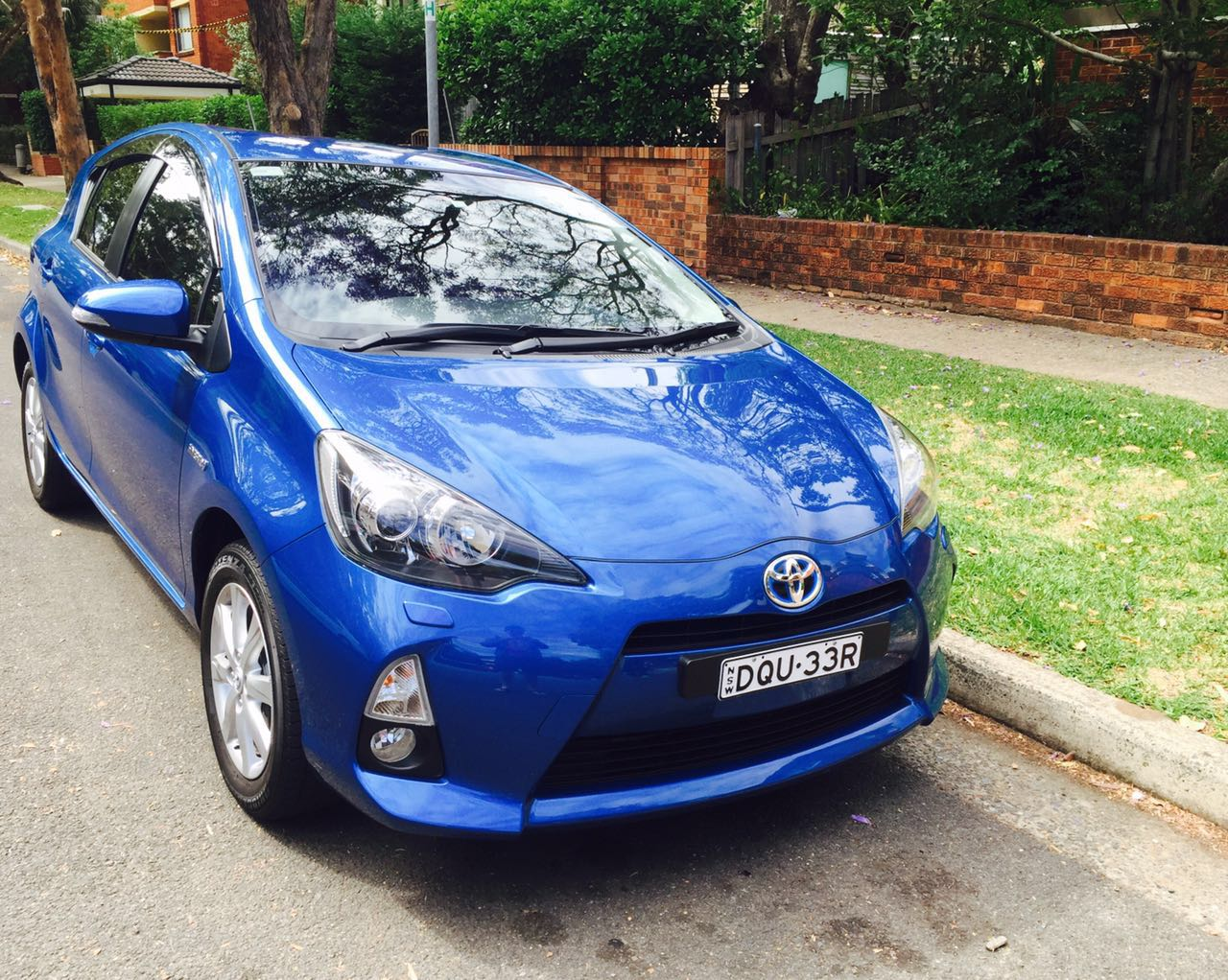 Picture of Shiqin's 2014 Toyota Prius c i-Tech