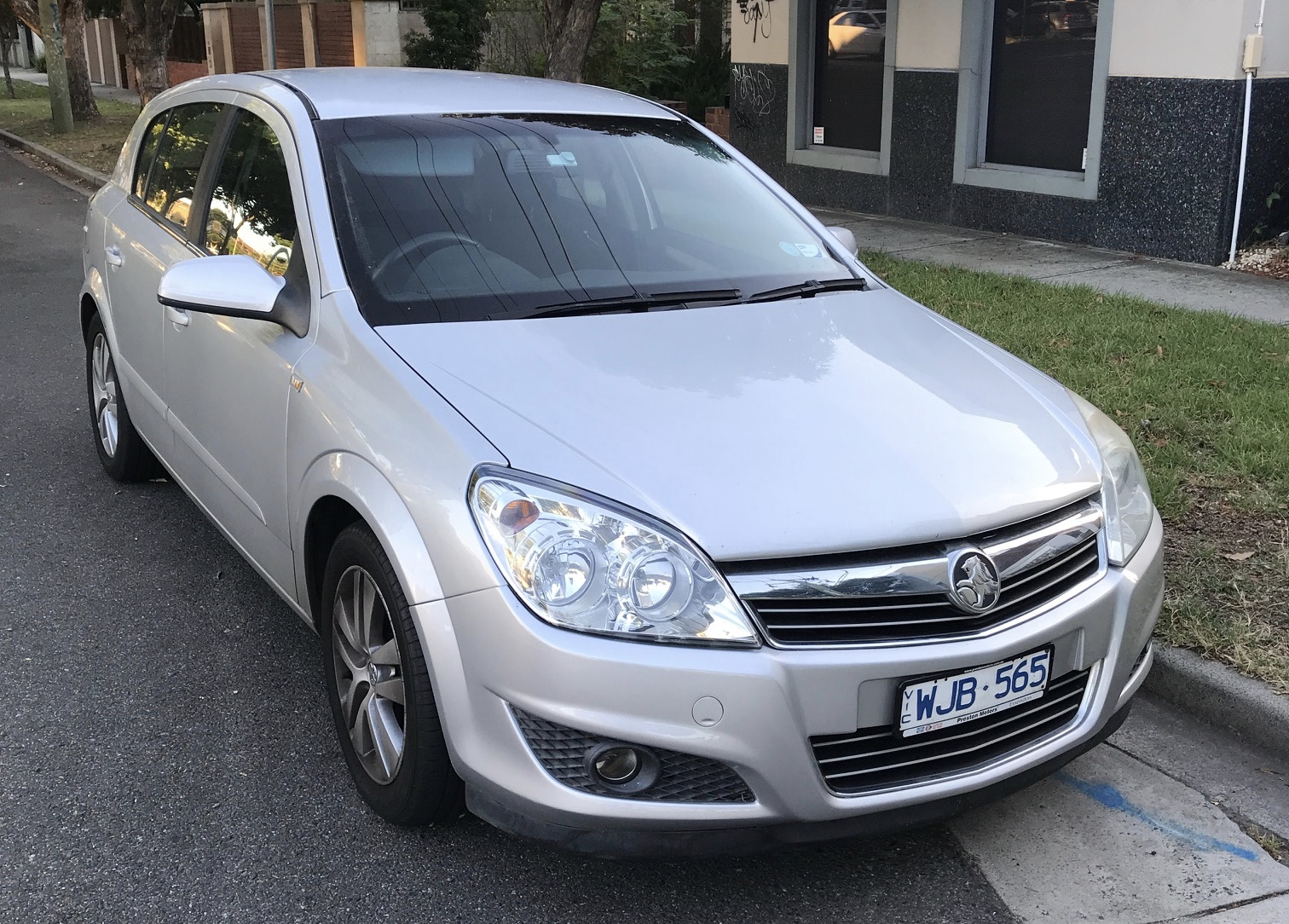 Picture of Thomas' 2007 Holden Astra