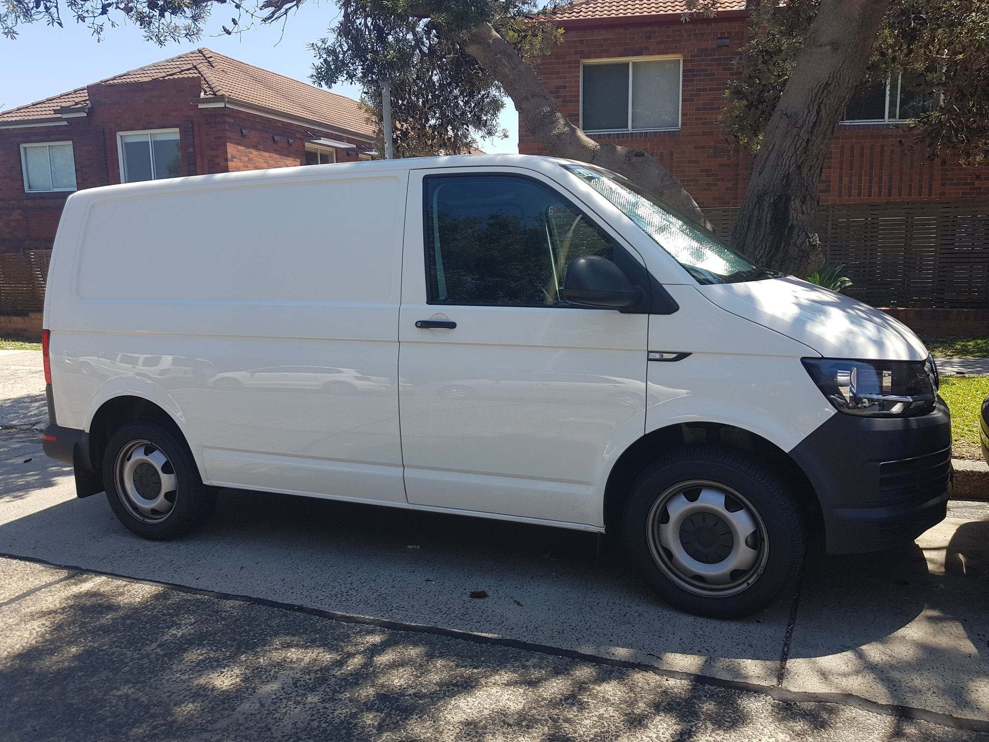 Picture of Joshua's 2017 Volkswagen Transporter