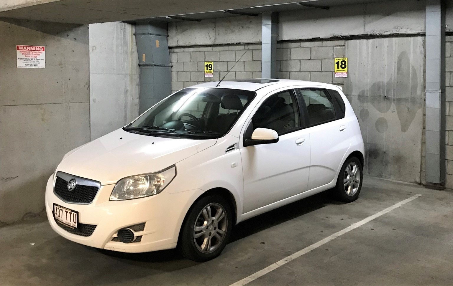 Picture of Ellen's 2009 Holden Barina