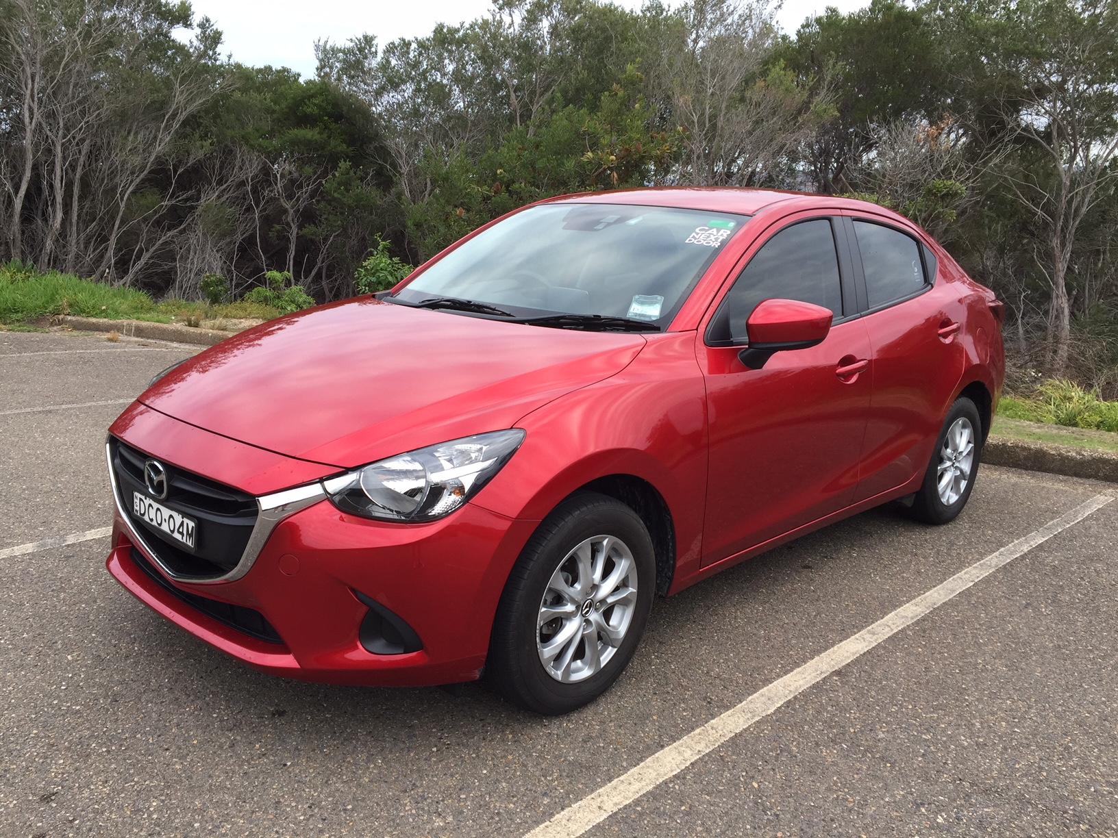 Picture of Simon's 2015 Mazda 2 Maxx Sedan