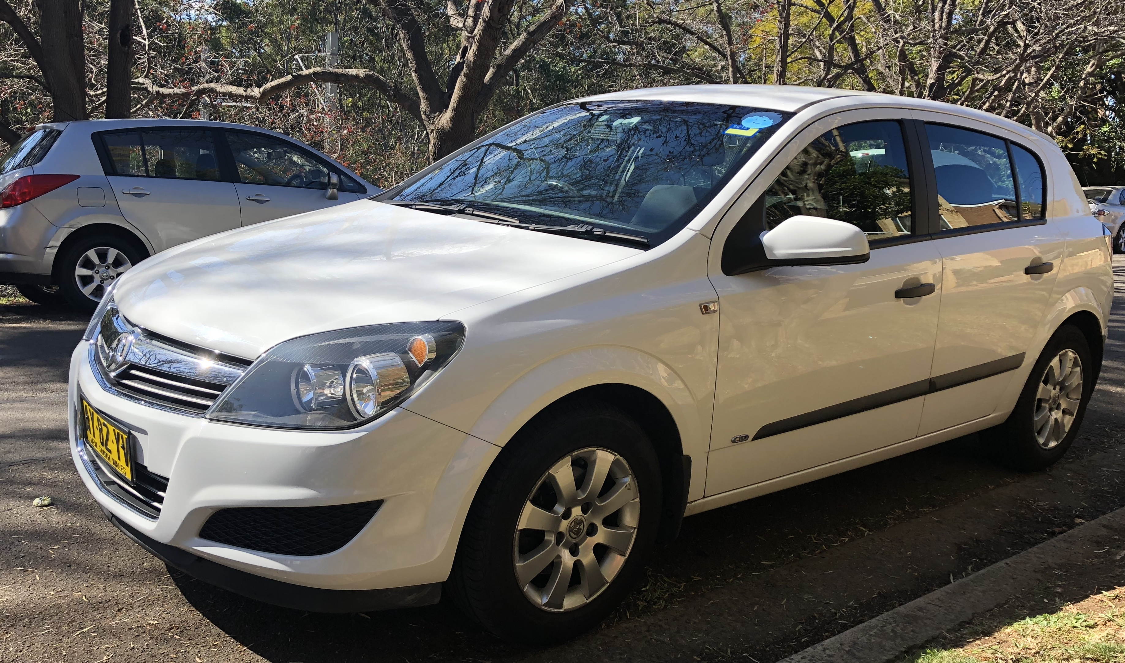 Picture of Niraj's 2008 Holden Astra hatchback
