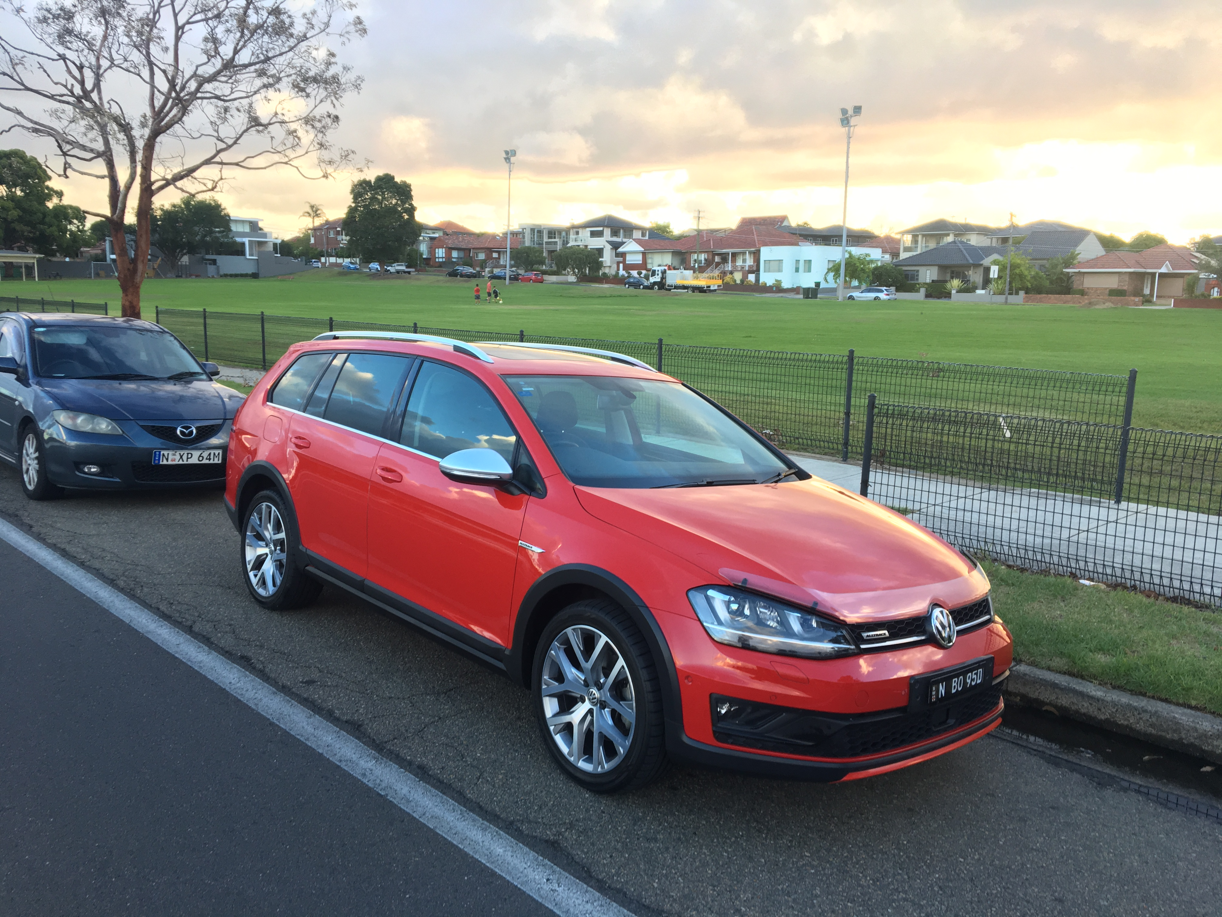Picture of Lukasz's 2016 Volkswagen Golf Alltrack