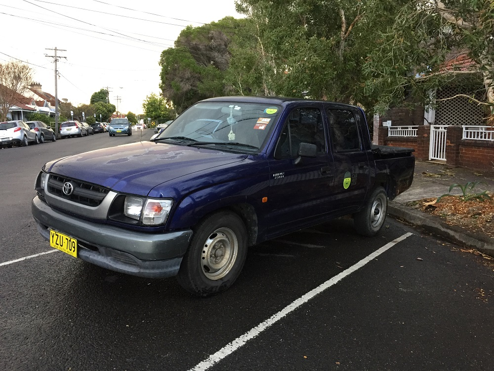 Picture of Simon's 2003 Toyota Hilux