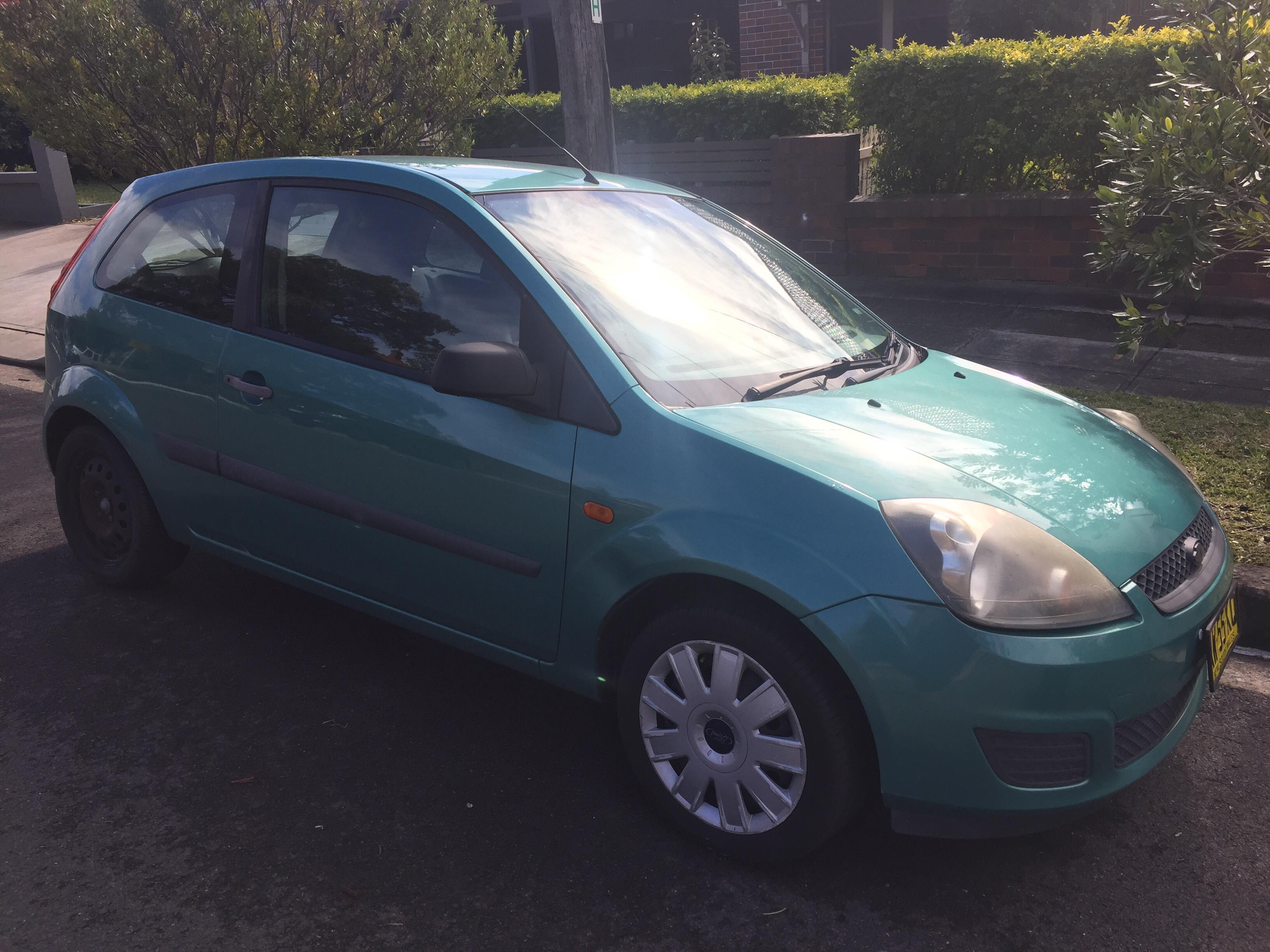 Picture of Lauren's 2007 Ford Fiesta