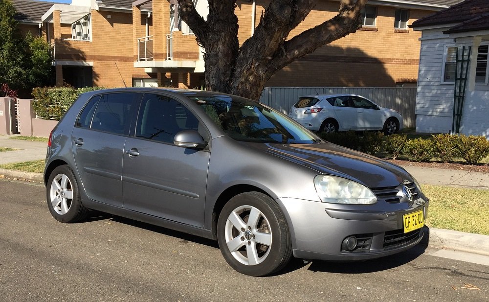 Picture of Damian's 2009 Volkswagon Golf Pacific Diesel