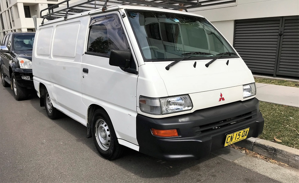 Picture of Dheepak's 2009 Mitsubishi Express