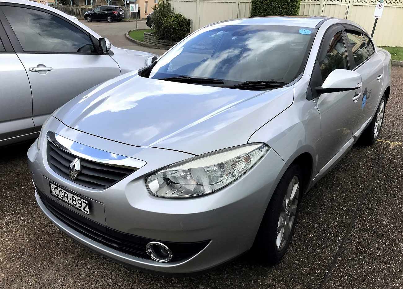 Picture of Bing's 2012 Renault Fluence