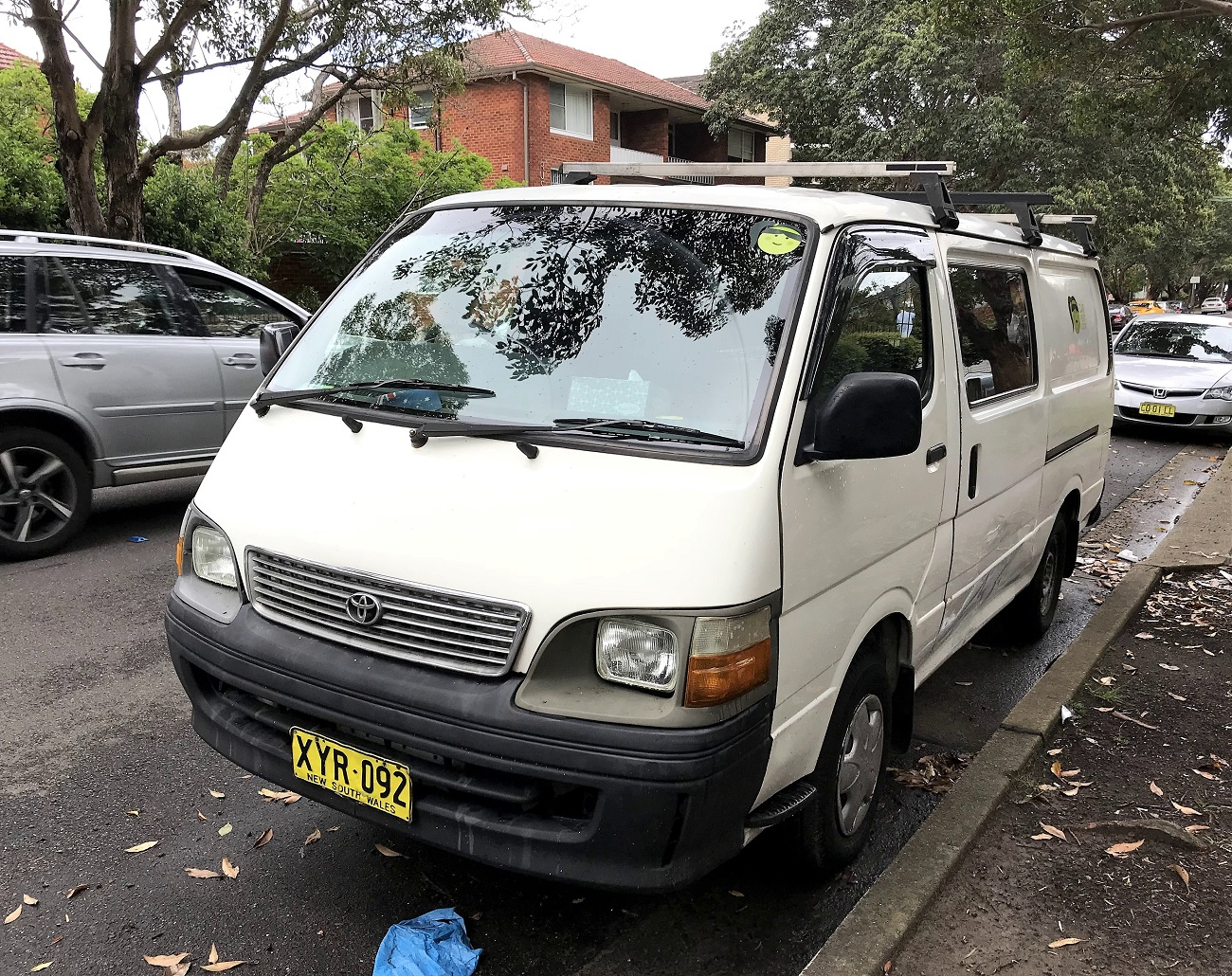 Picture of Shiqin's 2003 Toyota Hiace