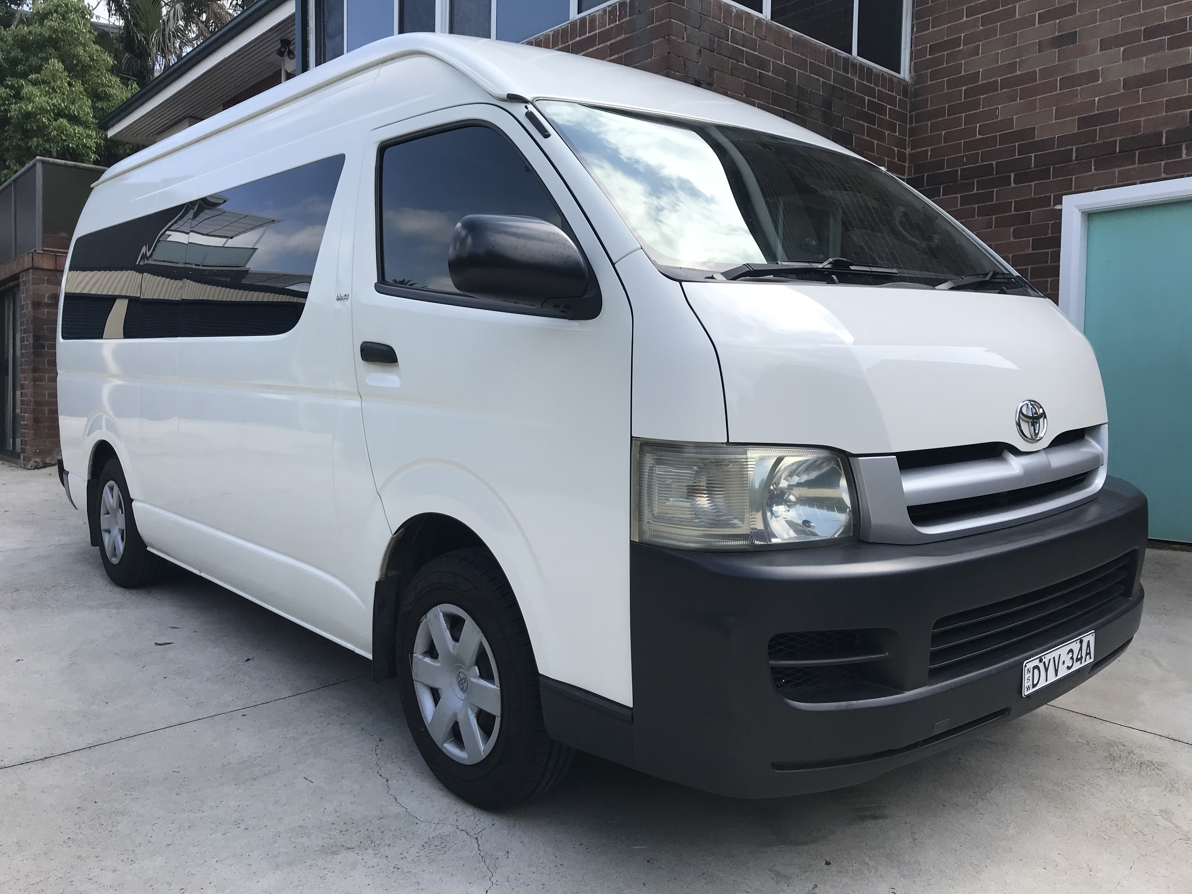 Picture of Jaime's 2007 Toyota Hiace Commuter