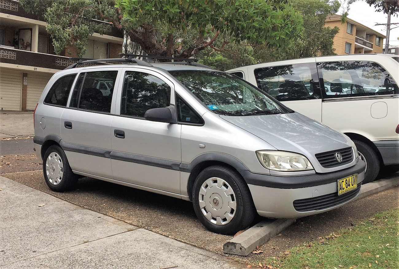 Picture of Cesare's 2005 Holden Zafira