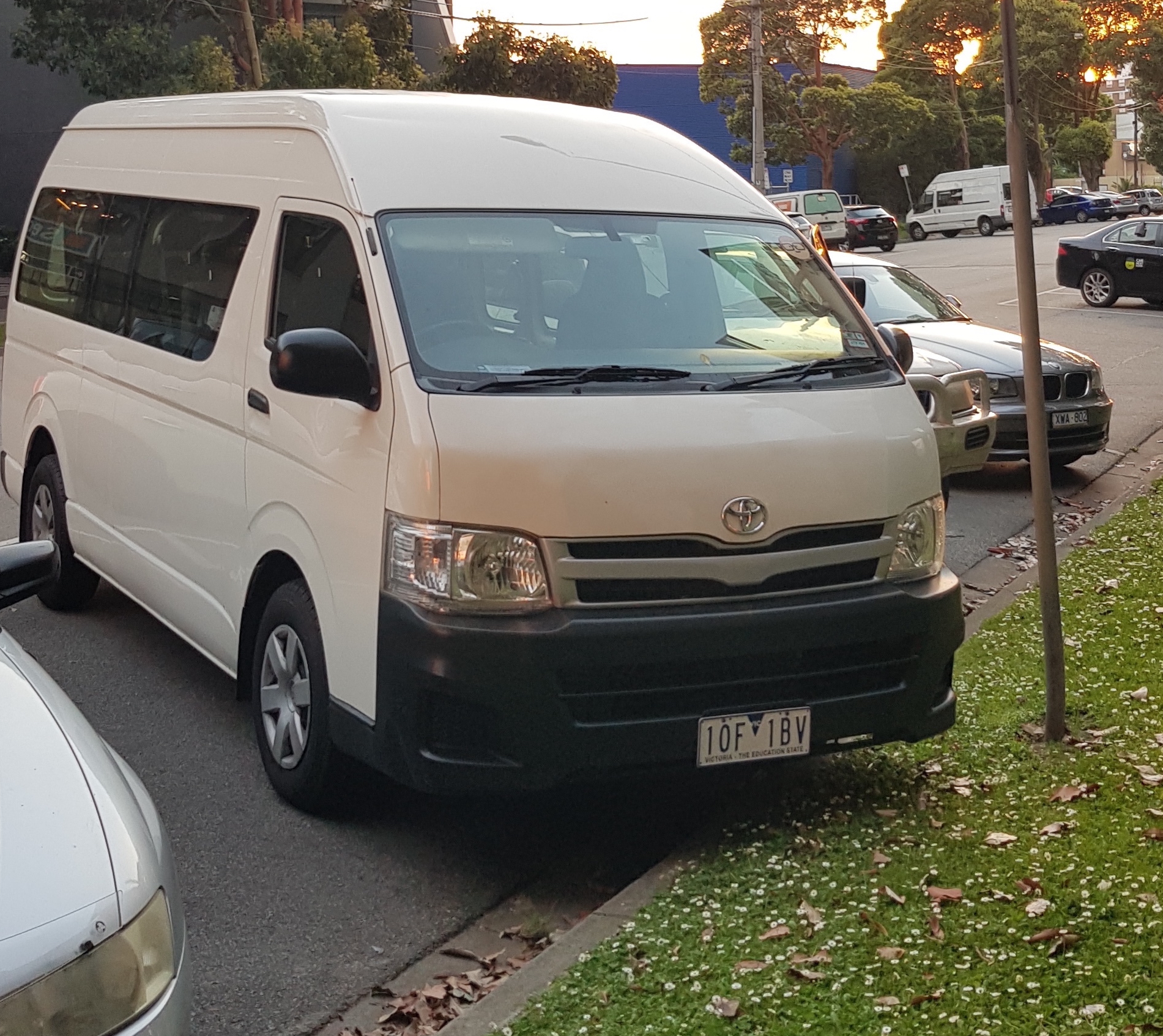 Picture of Sonia's 2012 Toyota Hiace