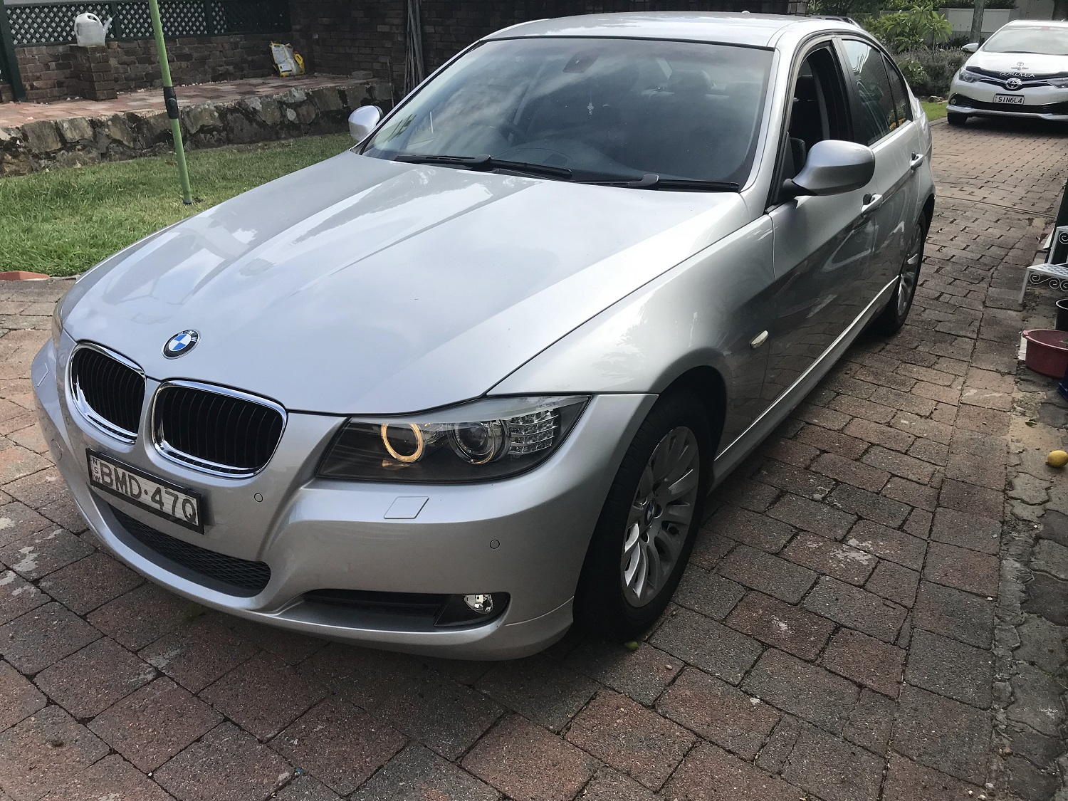 Picture of Hui's 2009 BMW 3 Series 320i