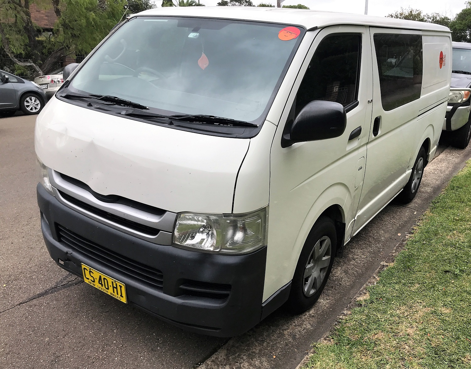Picture of Charles' 2010 Toyota Hiace