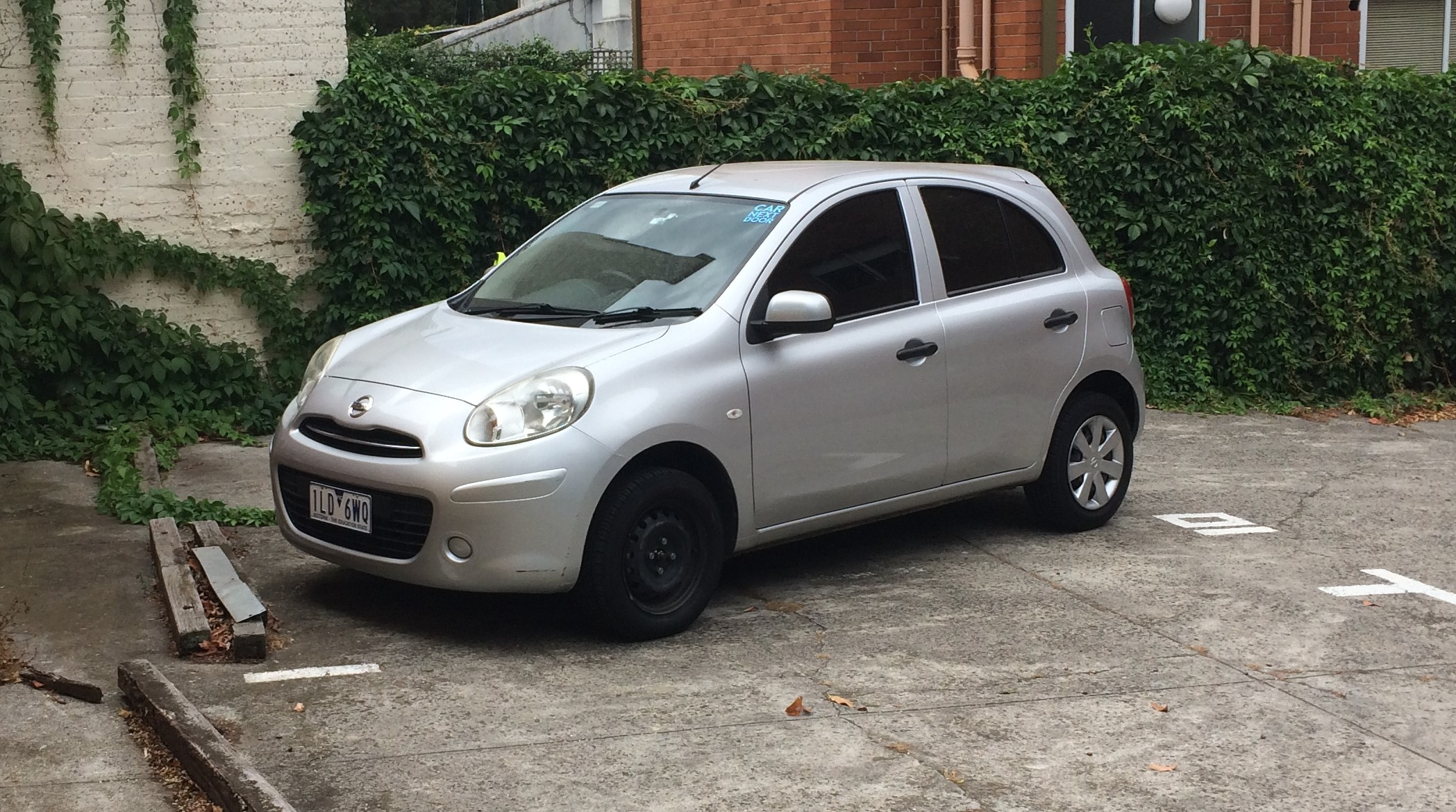 Picture of Dylan's 2011 Nissan Micra