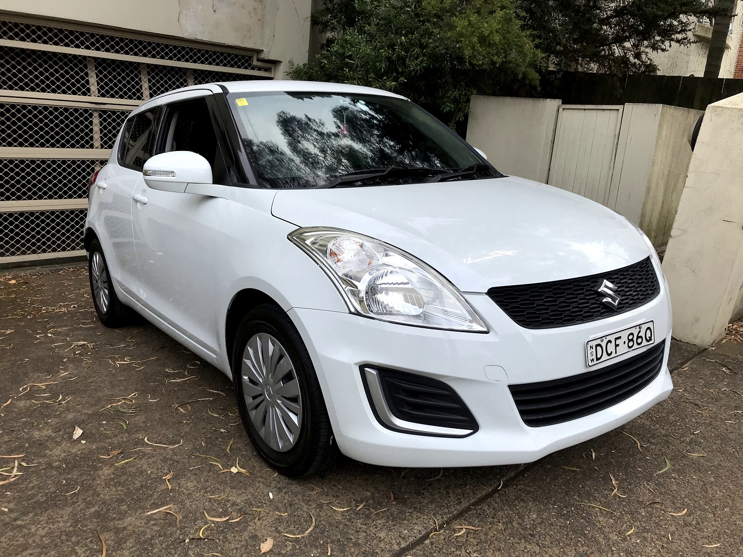 Picture of Lorena's 2015 Suzuki Swift