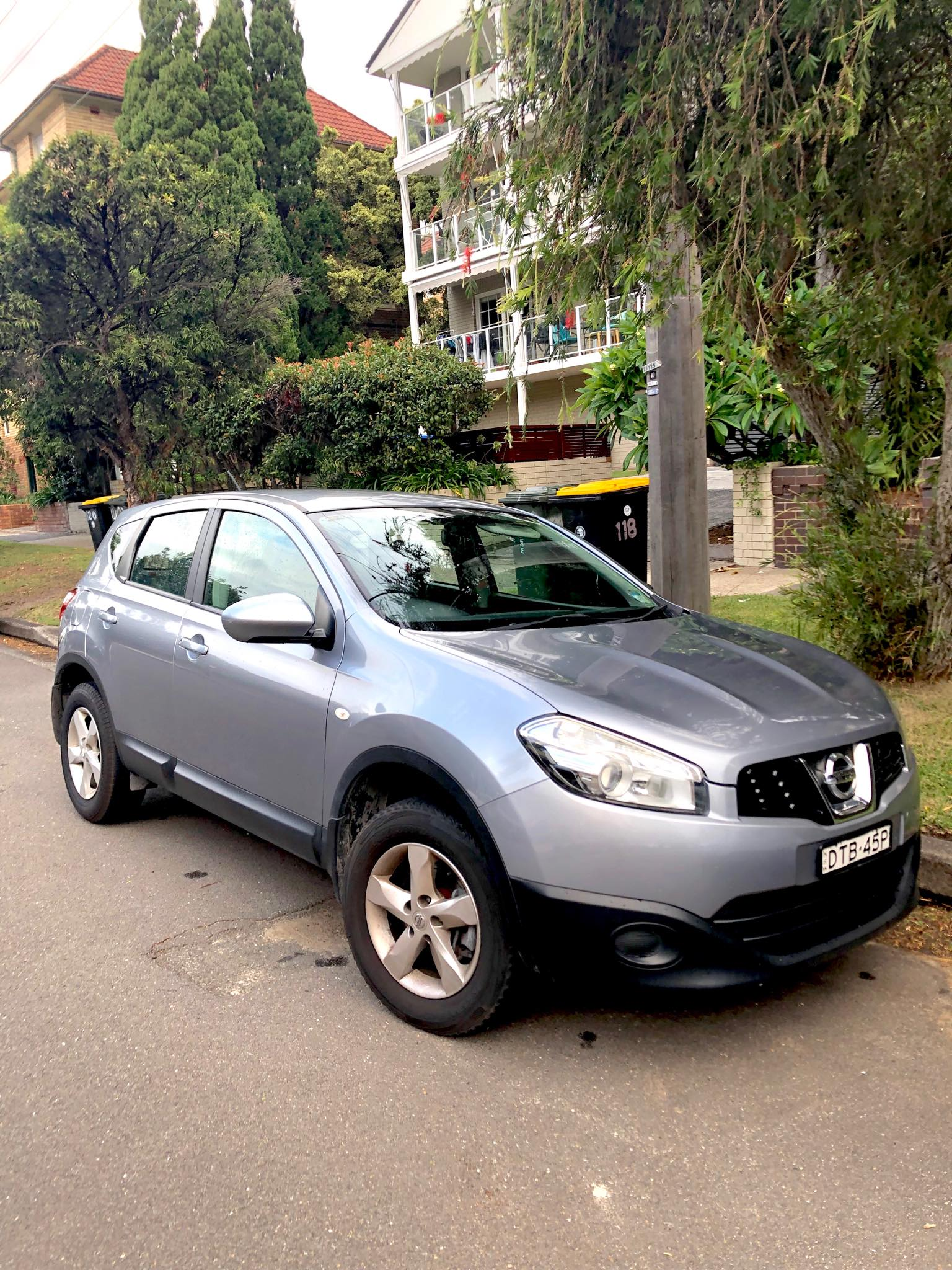 Picture of Clare's 2010 Nissan Dualis