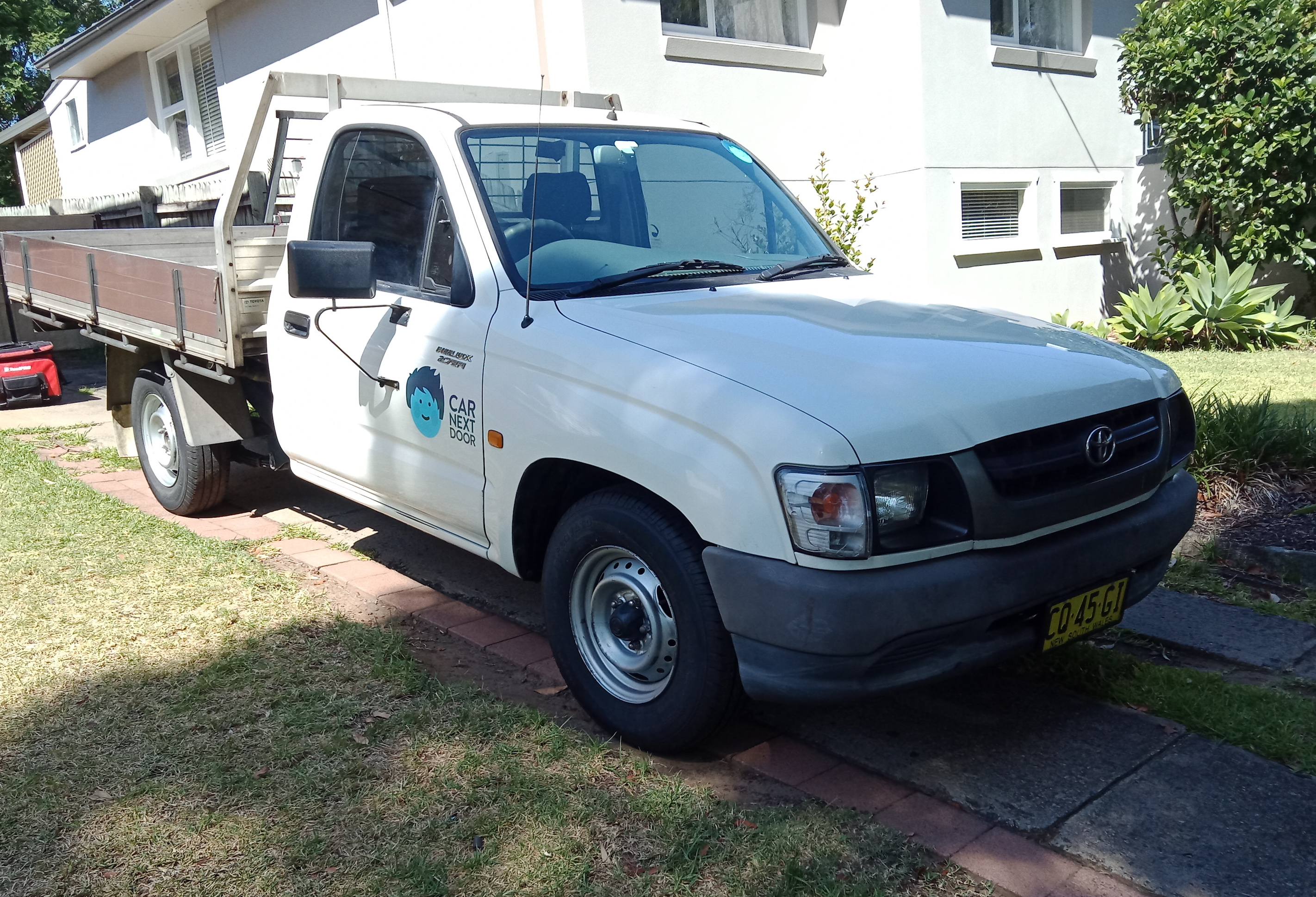 Picture of Michael's 2004 Toyota Hilux