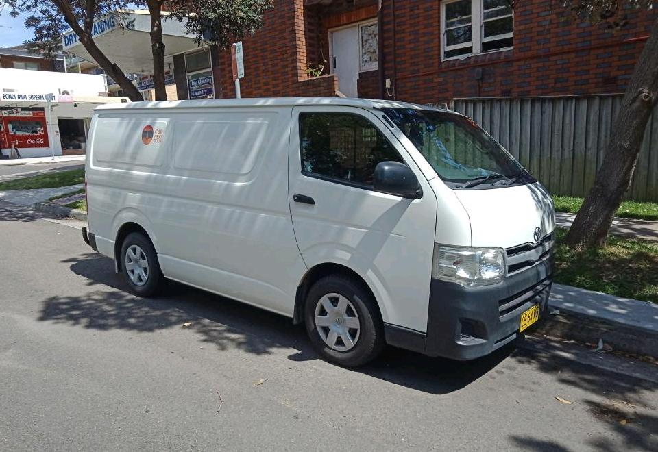 Picture of Alexander's 2013 Toyota Hiace
