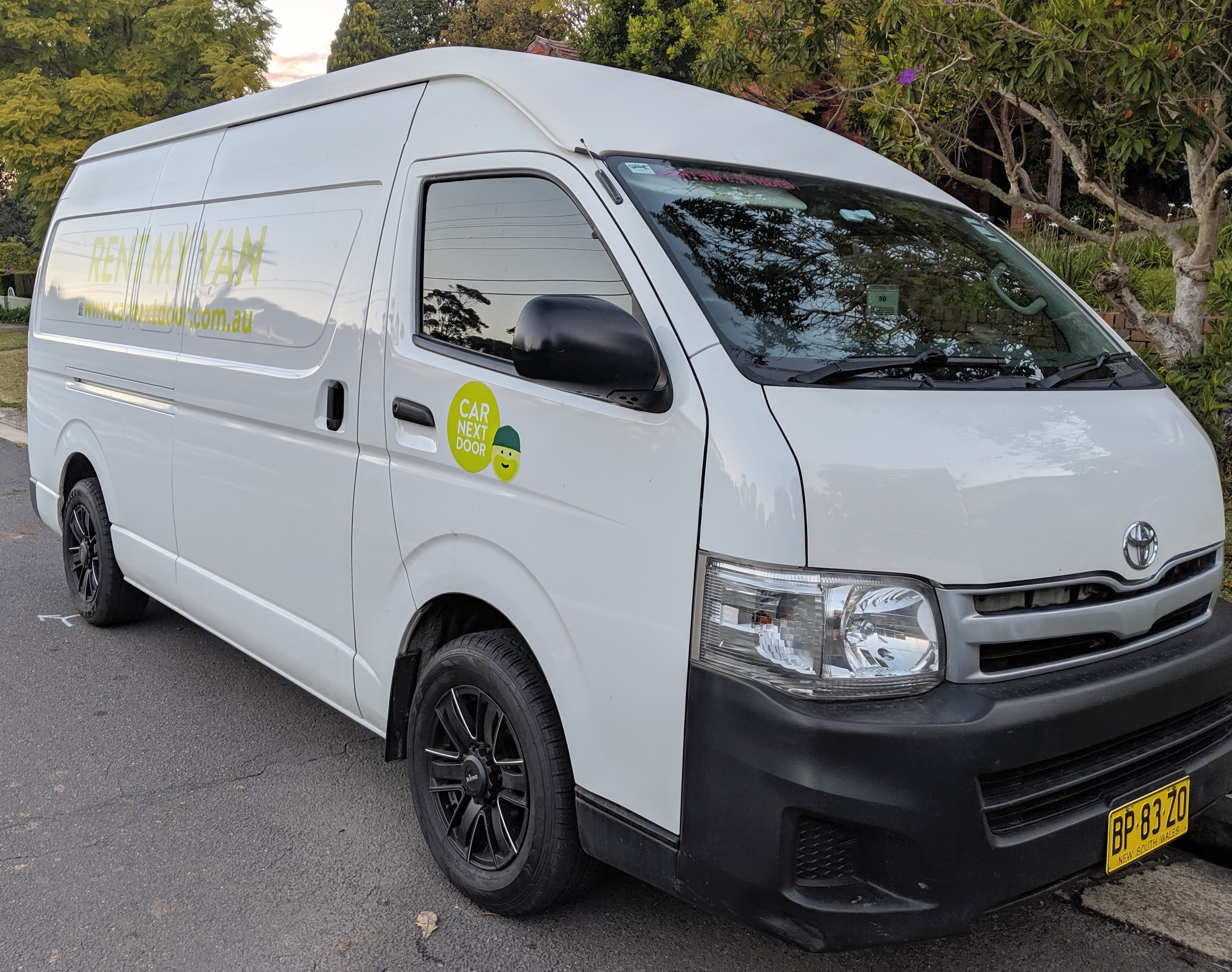 Picture of Rose's 2012 Toyota Hiace Super Long Wheelbase