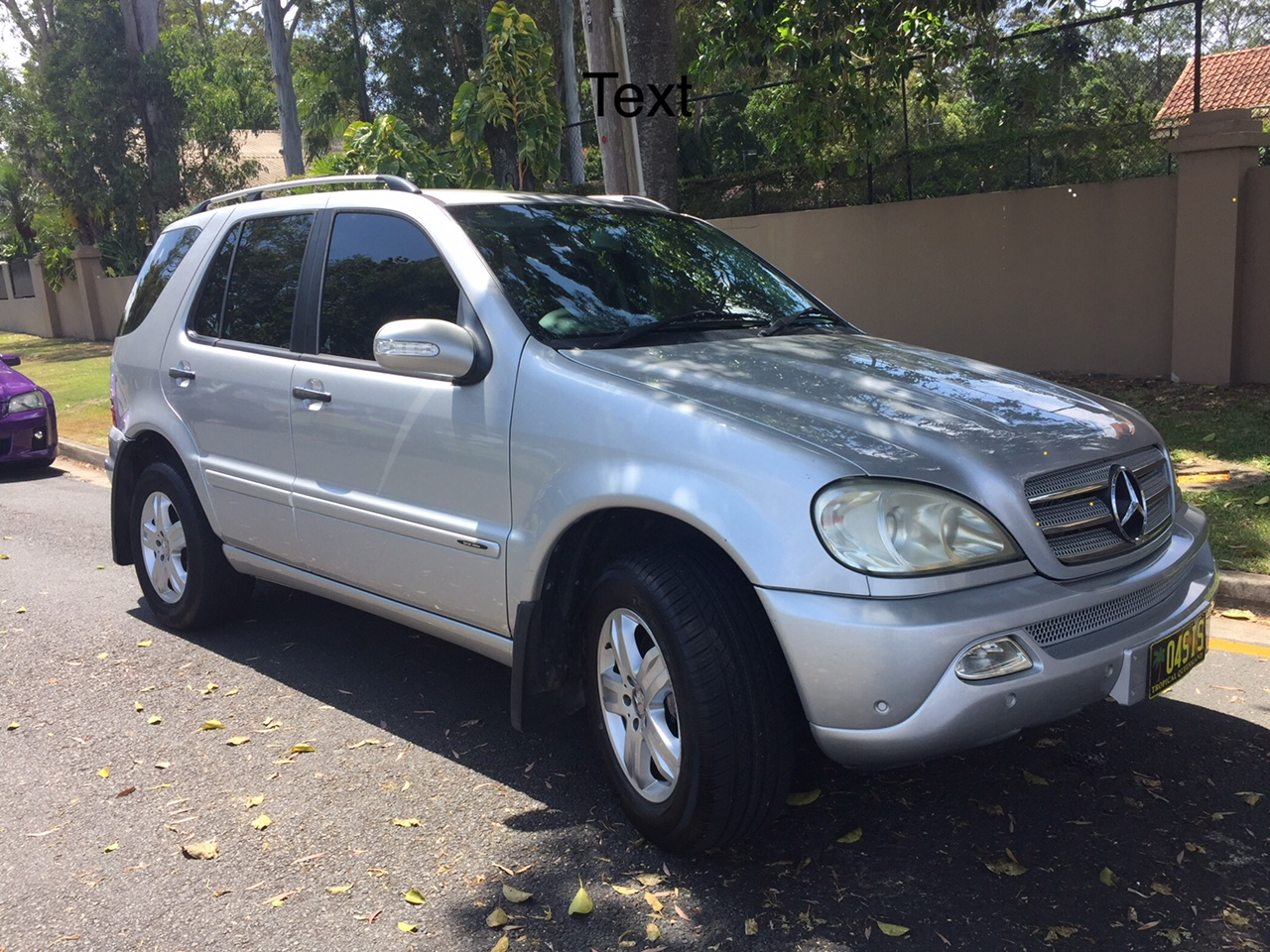 Picture of Roger's 2004 Mercedes ML350