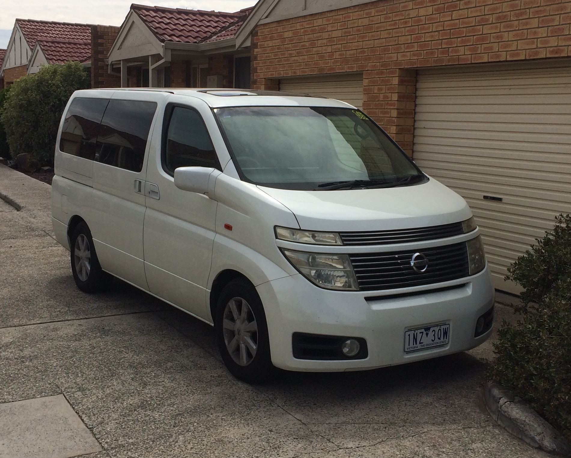 Picture of Yusof's 2003 Nissan Elgrand
