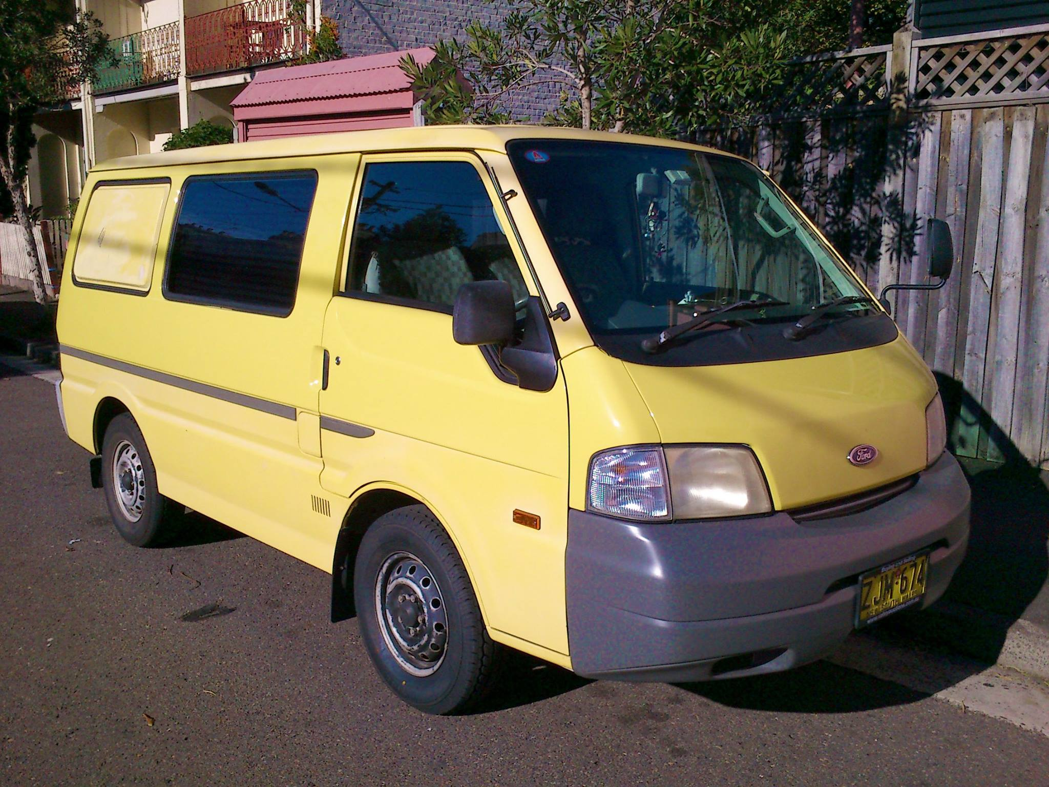 Picture of Campbell's 2004 Ford Econovan