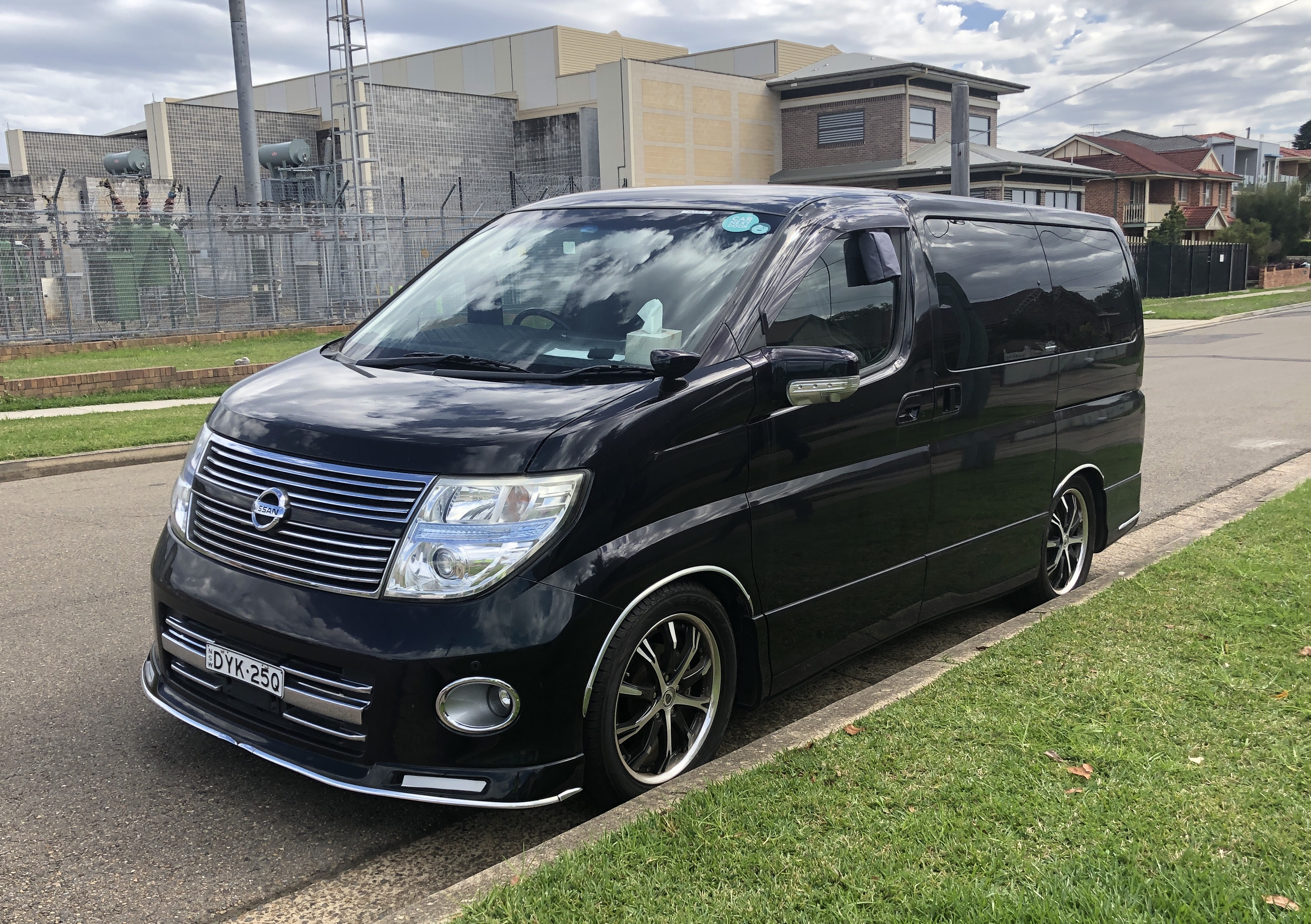 Picture of Zhikun's 2008 Nissan Elgrand E51