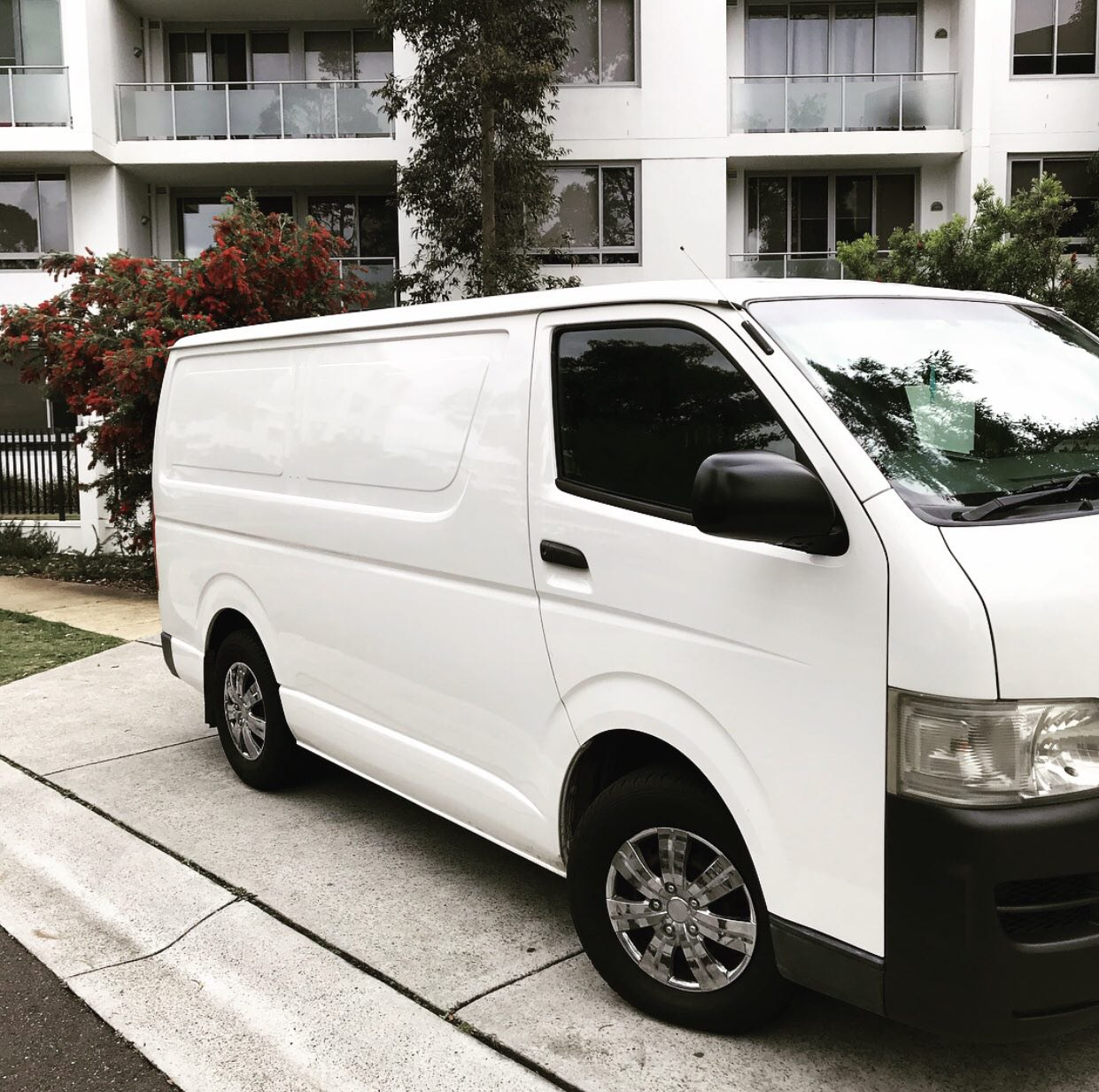 Picture of Majid's 2005 Toyota Hiace