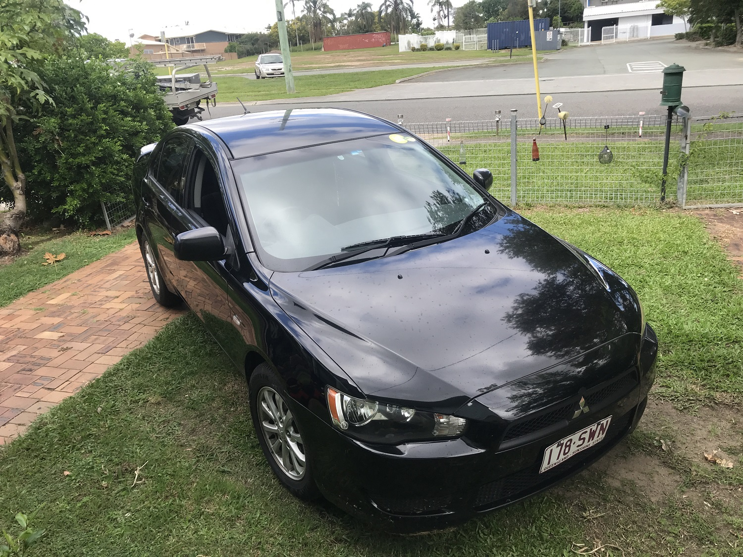 Picture of Caitlyn's 2011 Mitsubishi Sedan