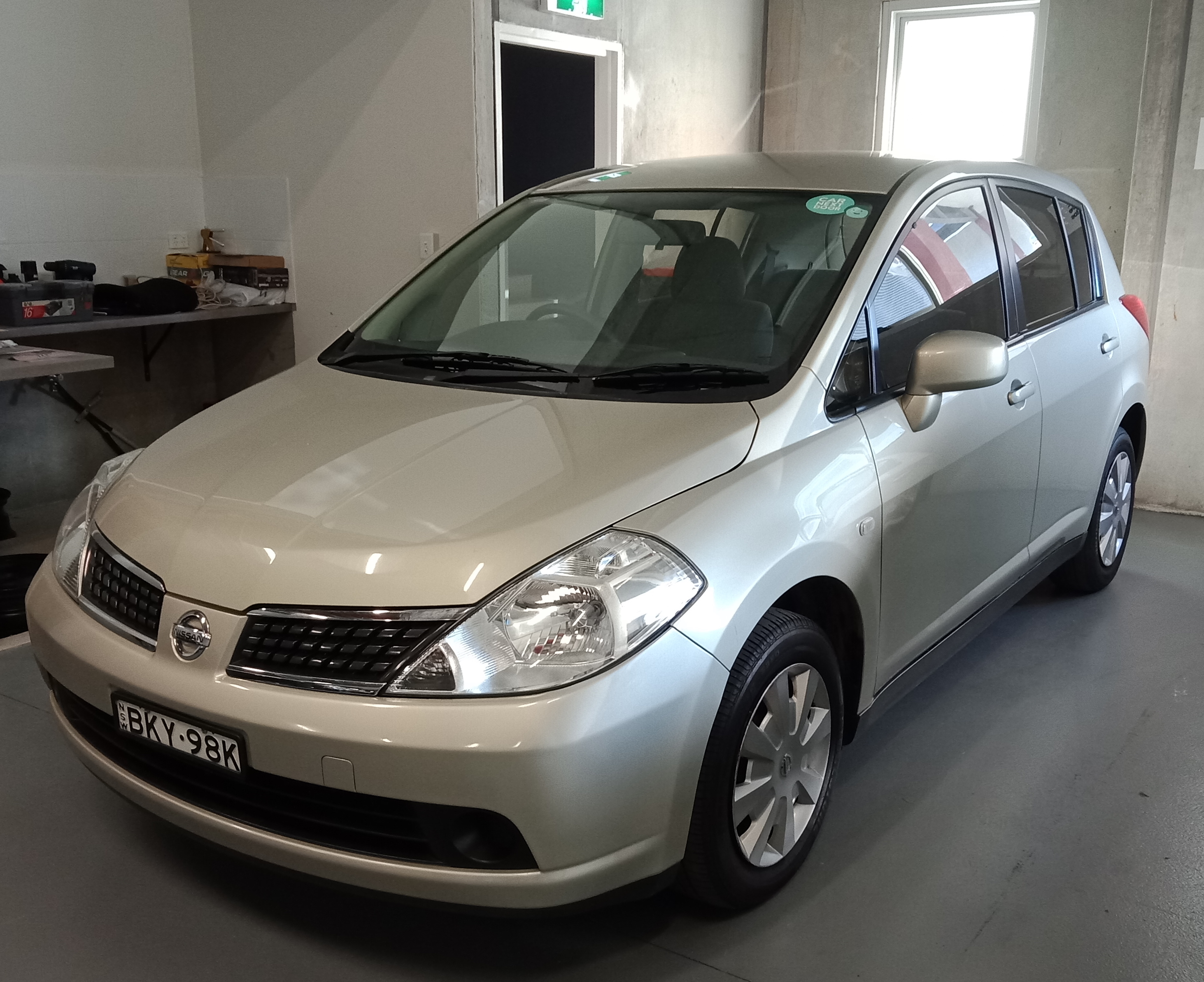 Picture of Peter's 2009 Nissan Tiida