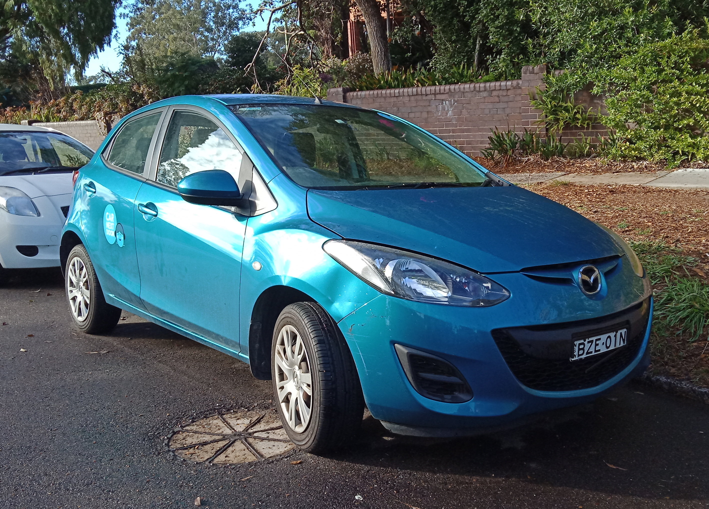 Picture of Jing's 2011 Mazda 2