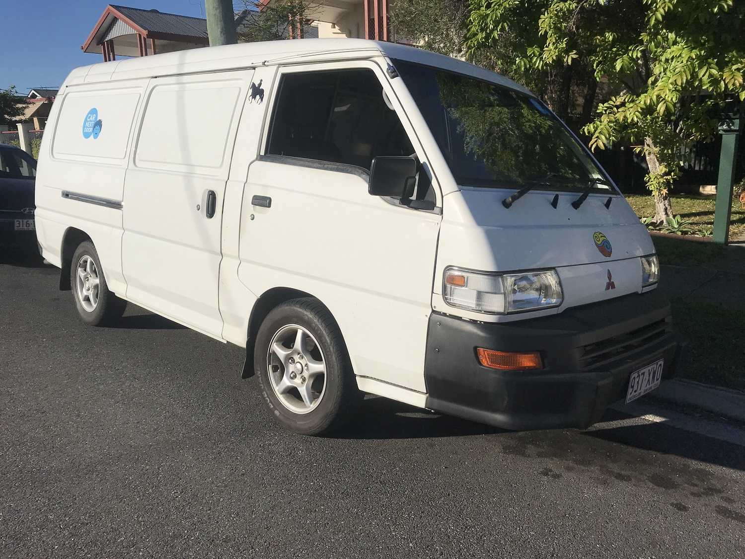 Picture of Pedro's 2006 Mitsubishi Express