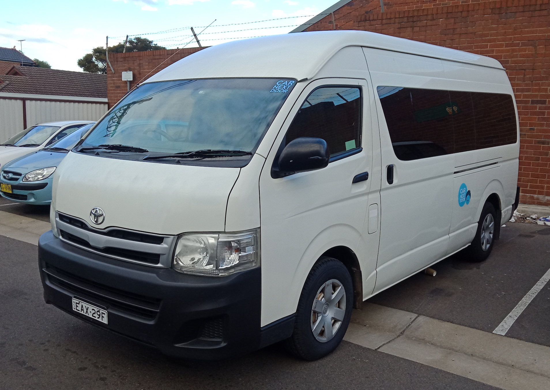 Picture of Sandy's 2011 Toyota Hiace