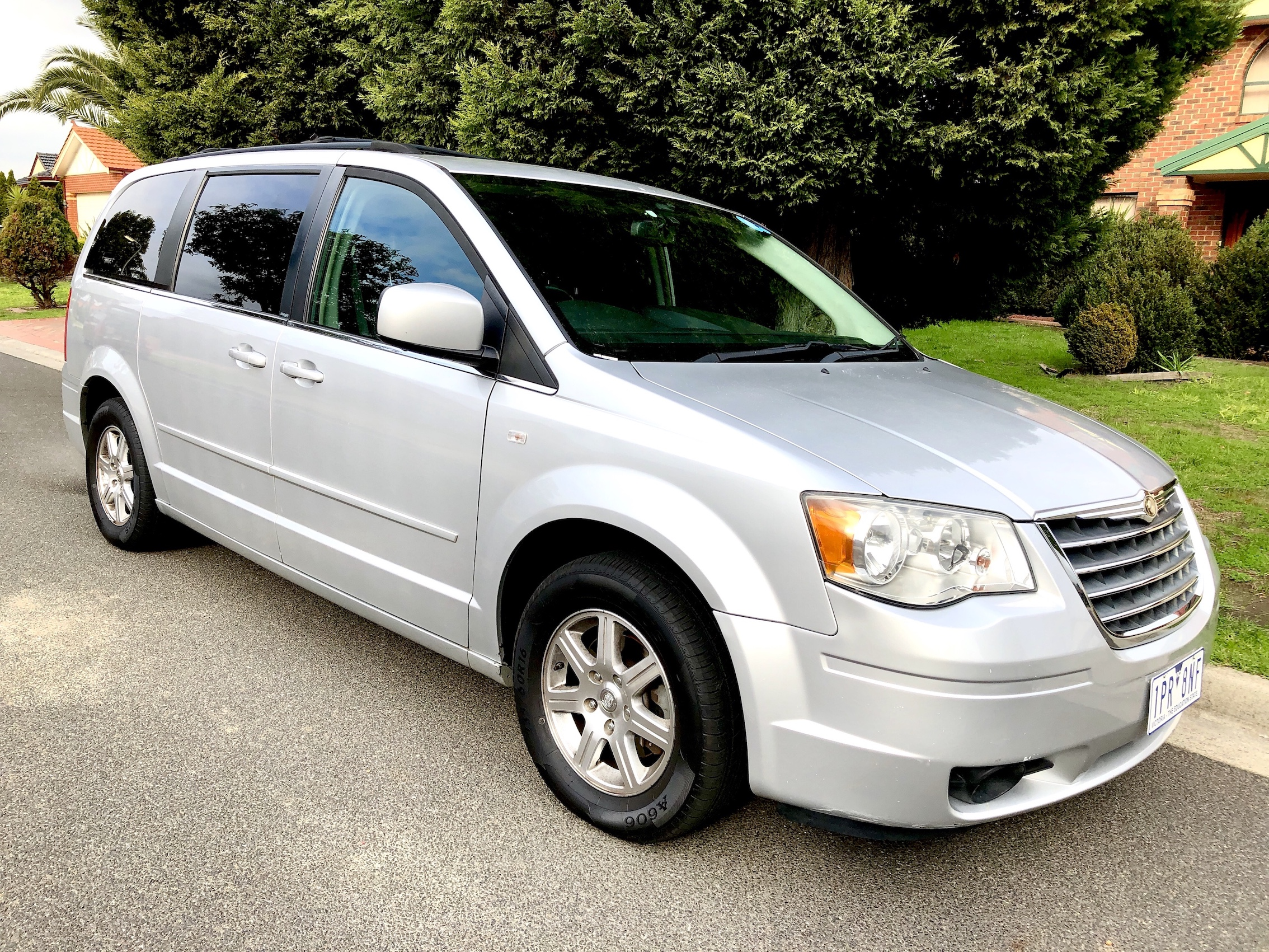 Picture of Michael's 2008 Chrysler Voyager