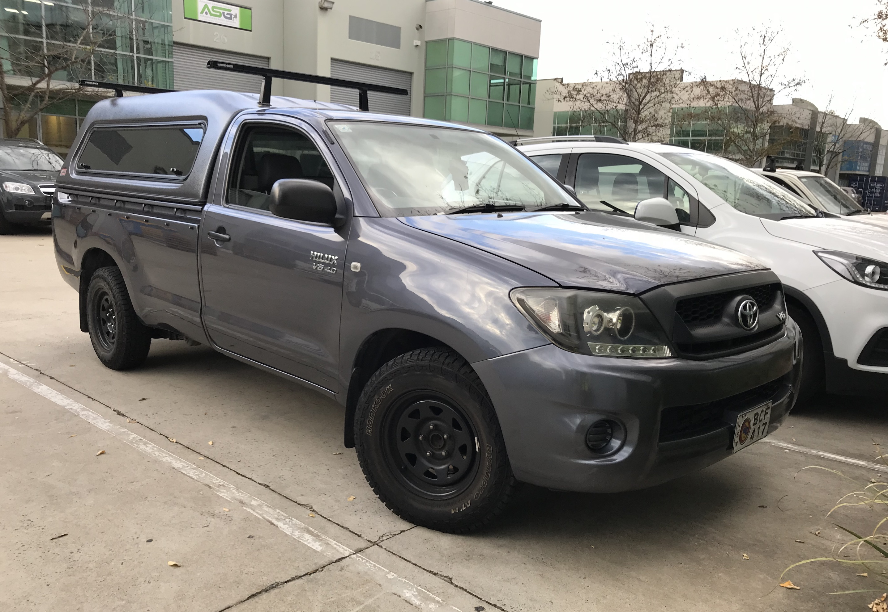 Picture of Song's 2009 Toyota Hilux