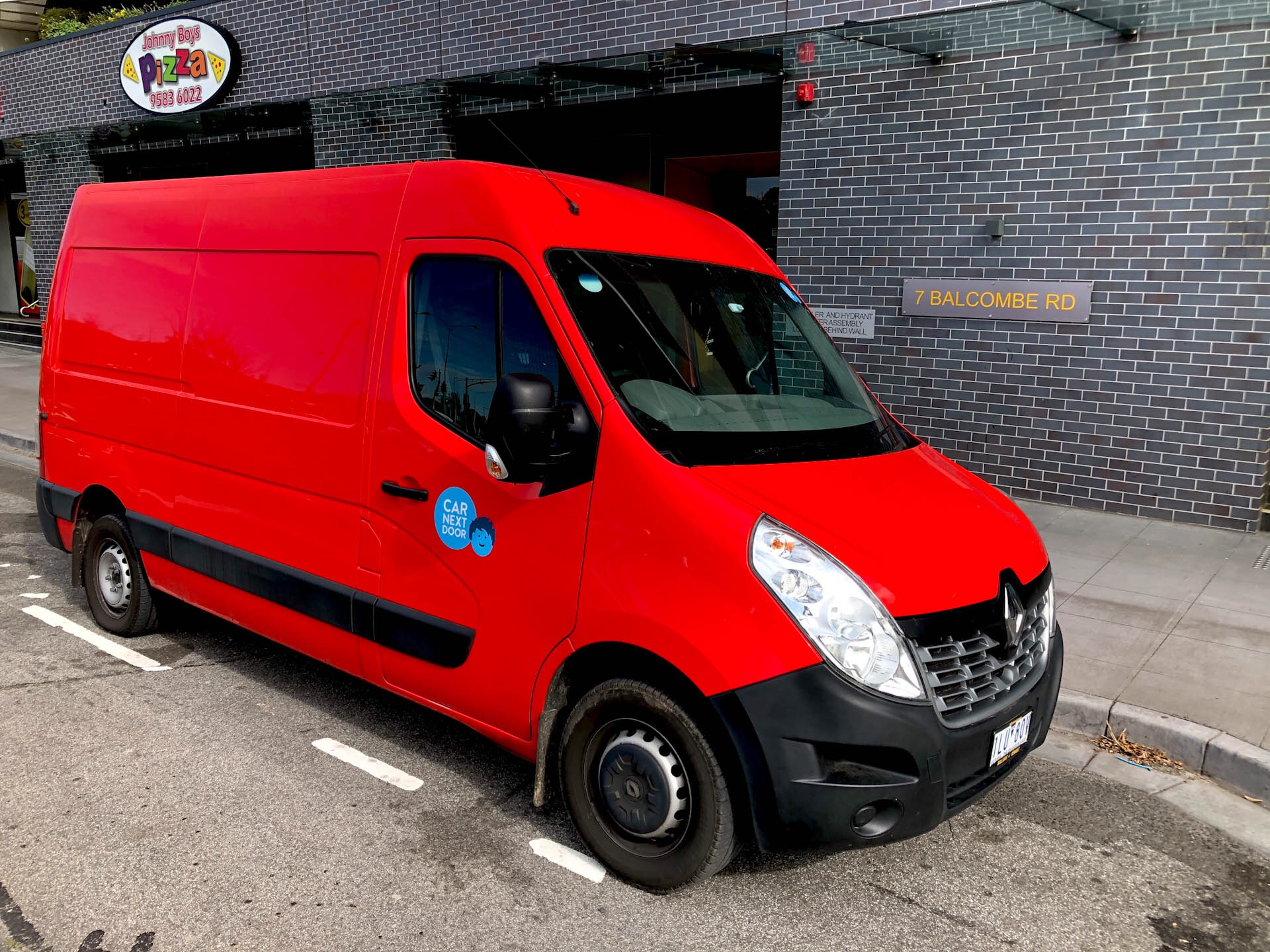 Picture of Manish's 2017 Renault Master