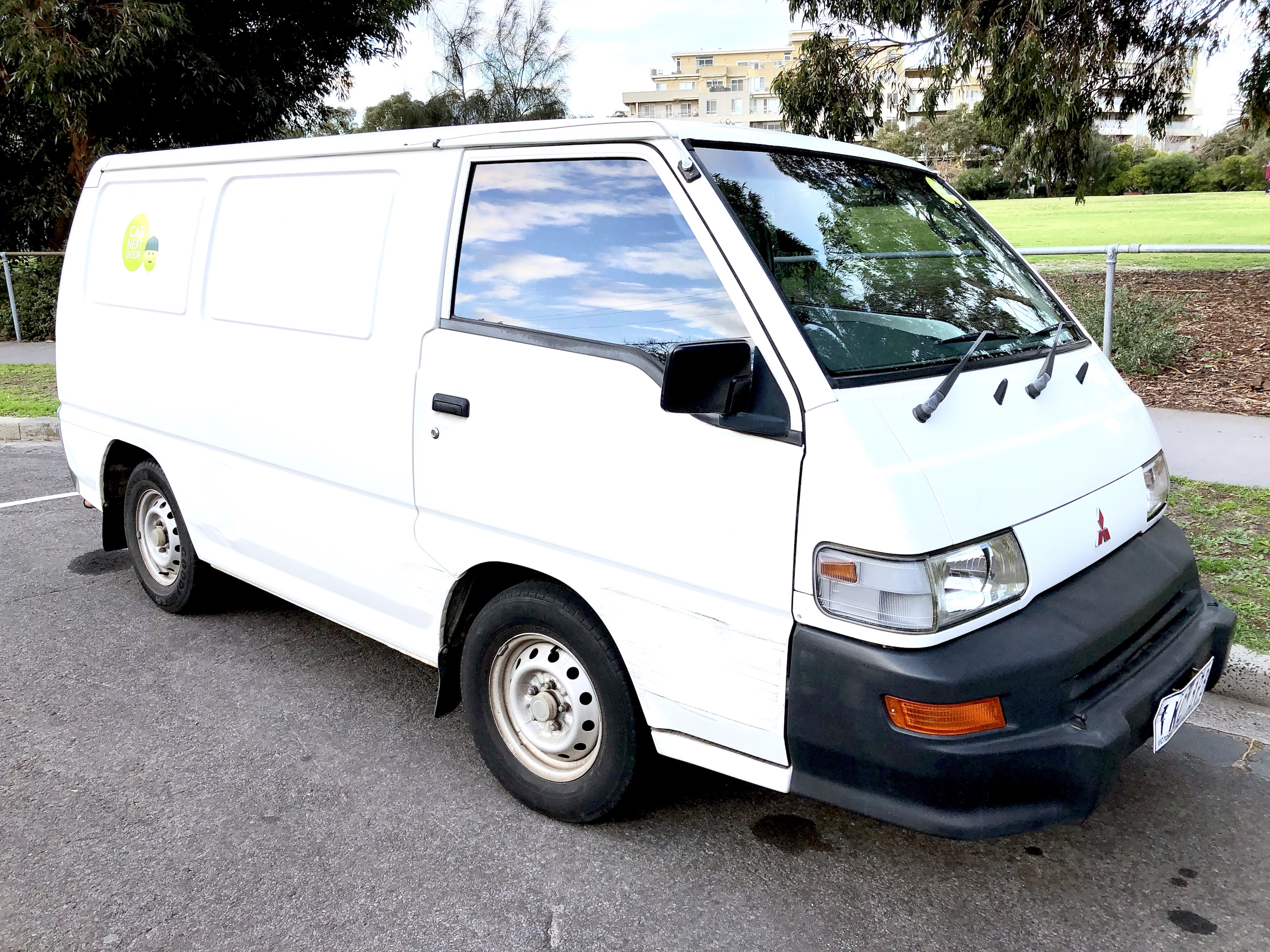 Picture of Rickie's 2003 Mitsubishi Express