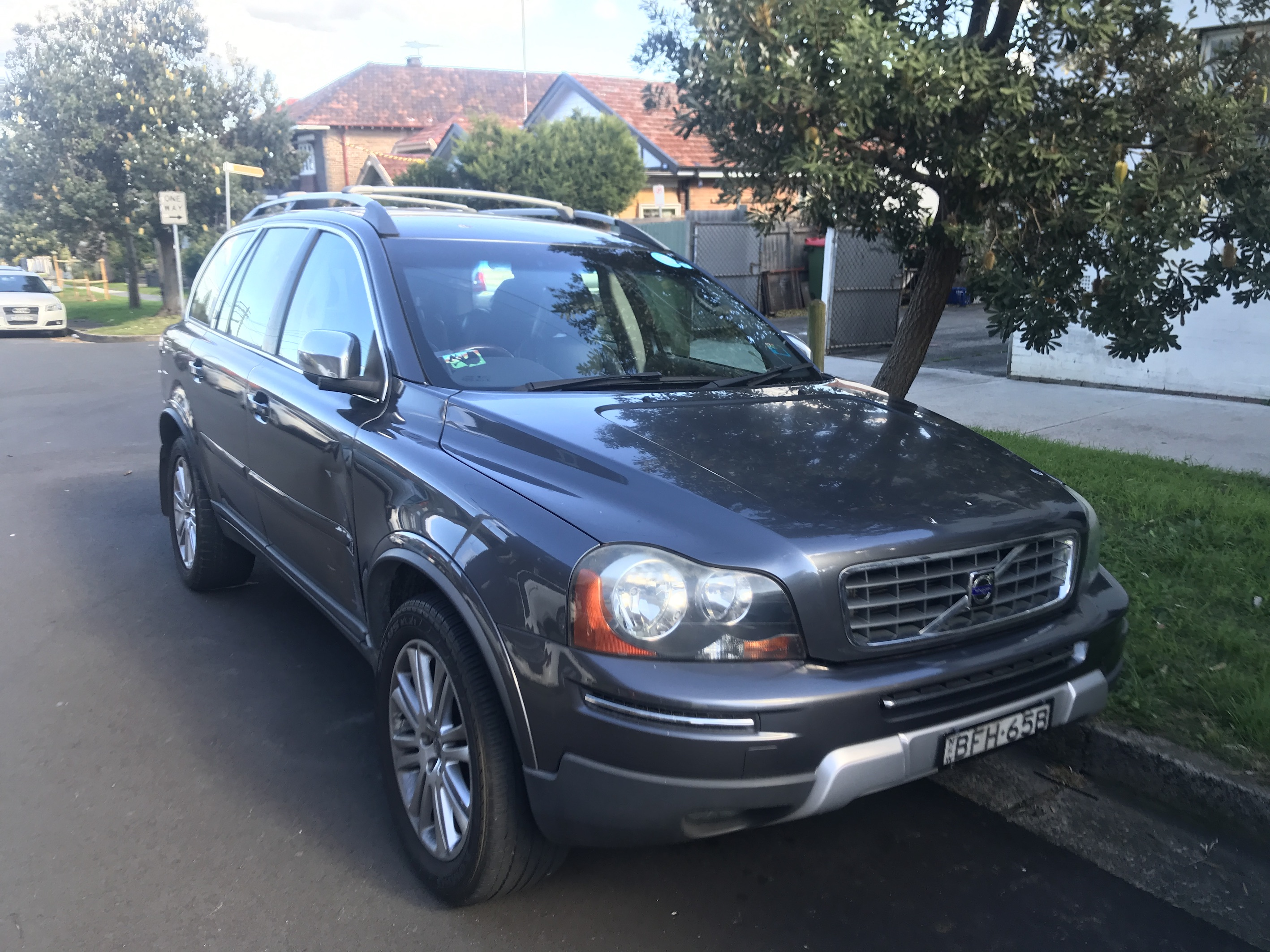 Picture of Lance's 2008 Volvo XC90