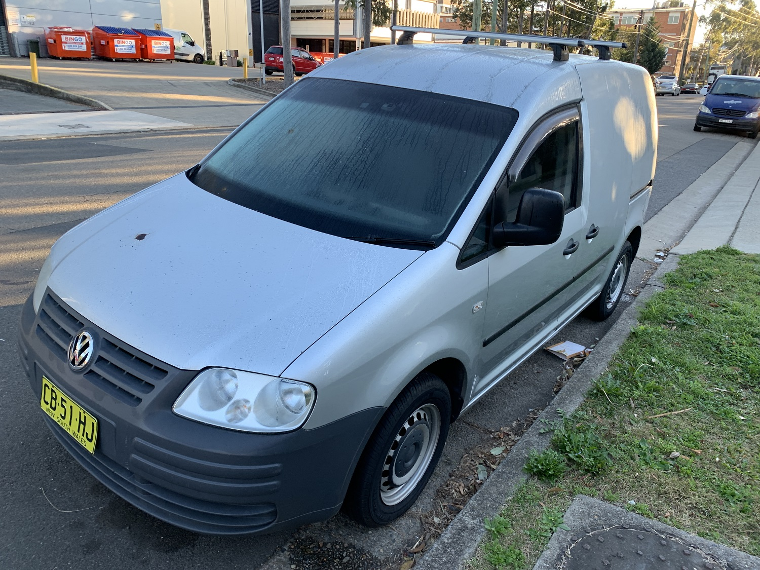 Picture of Song's 2005 Volkswagen Caddy